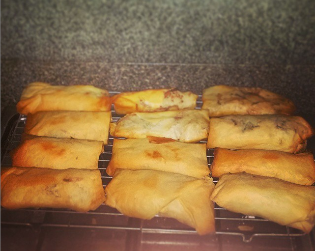 Crispy and oven cooked homemade vegetable spring rolls.