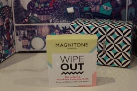 Magnitone wipe out cloth