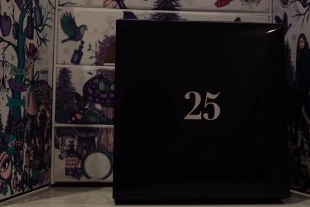 Last offering from the 2017 Christmas Look Fantastic advent calendar