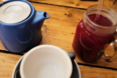 Mason jar juice and teapot