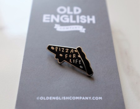 Slice of pizza pin